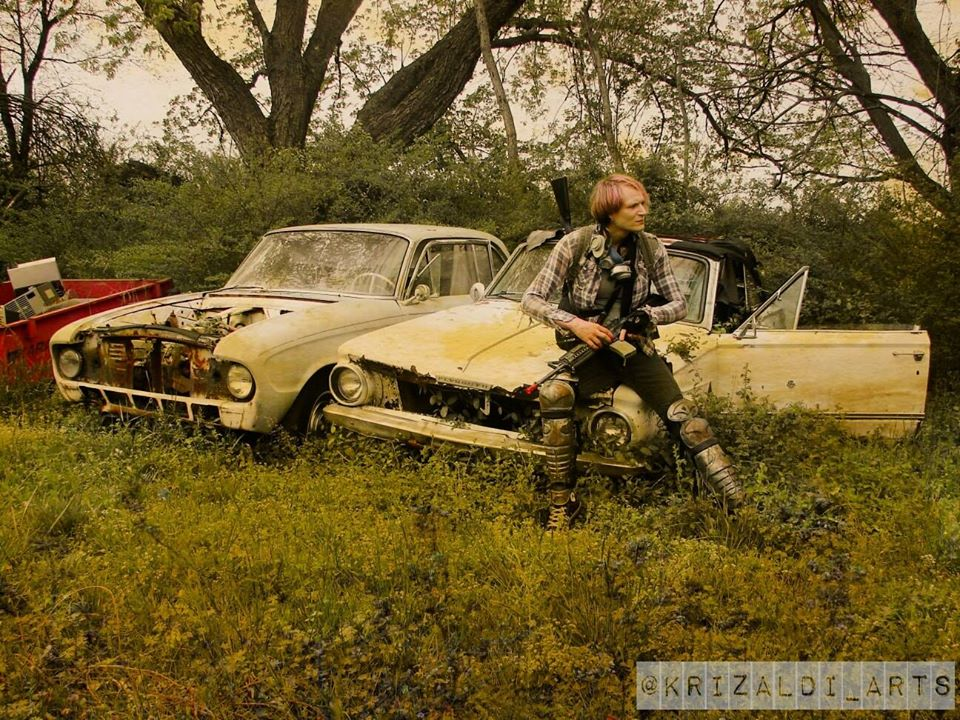 Post Apocalyptic Photography Urbex Model Adandoned Cars